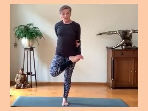 Poweryoga.nl - creatief in de flow van je power vinyasa yoga les